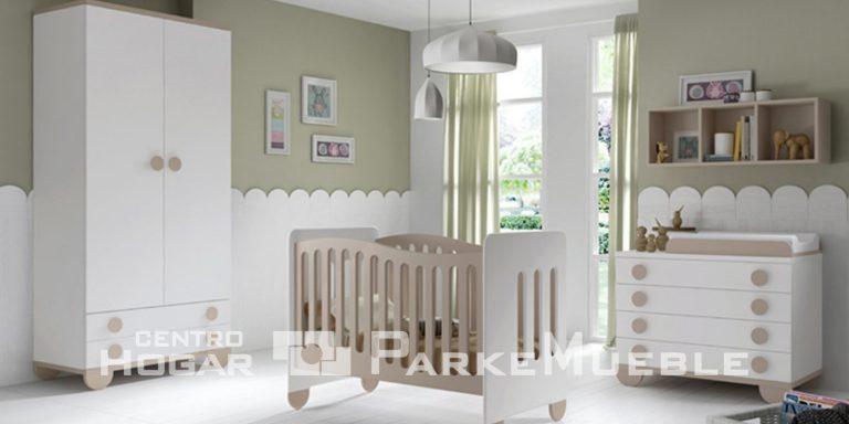 Habitación de bebé beige